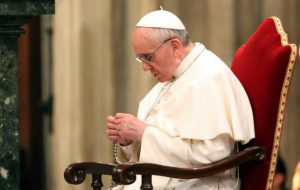 pope-rosary